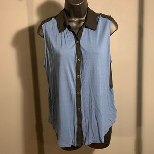 like new Urban Outf 2 tone blue button tank (6/$14